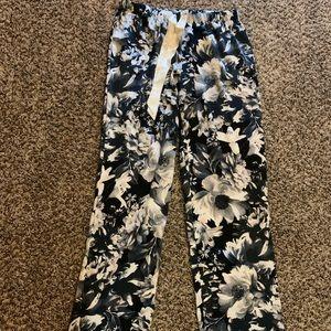 Victoria's Secret silky pajama bottoms! EUC.